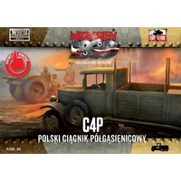First To Fight 042 1/72 C4P polish halftrack tractor Plastic Model Kit