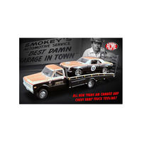 Greenlight 1/64 Smokey Yunick Racing #13 1967 Trans Am Camaro w/Chevy Ramp Truck 51164 Diecast