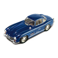 Italeri 1/24 Mercedes Benz 300 SL 'Gull Wing'