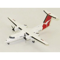 JC Wings 1/200 Qantas NZ Dash 8-100 ZK-NEU with Stand