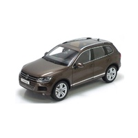 Kyosho 1/18 VW Touareg 2010 Graciosa Brown Metallic 08822GBR