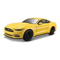 Maisto 1/18 Ford Mustang Coupe 2015 - Yellow - Diecast