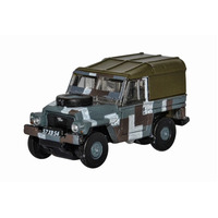 Oxford N Scale Land Rover Lightweight Berlin Scheme Diecast NLRL004