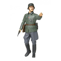 Tamiya 1/16 WW2 German Field Commander 36313