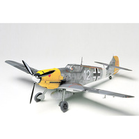 Tamiya 1/48 Messerschmitt Bf109E-4/7 Tropical 61063