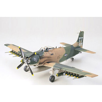 Tamiya 1/48 A-1J Skyraider US Air Force 61073