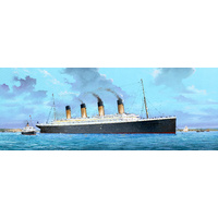 Trumpeter 1/200 Titanic Plastic Model Kit 03713