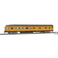 Walther Mainline HO 85' Budd Observation - Ready To Run -- Union Pacific(R) (Armour Yellow, gray)