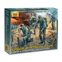 Zvezda 6110 1/72 German Sturmpioniere Plastic Model Kit