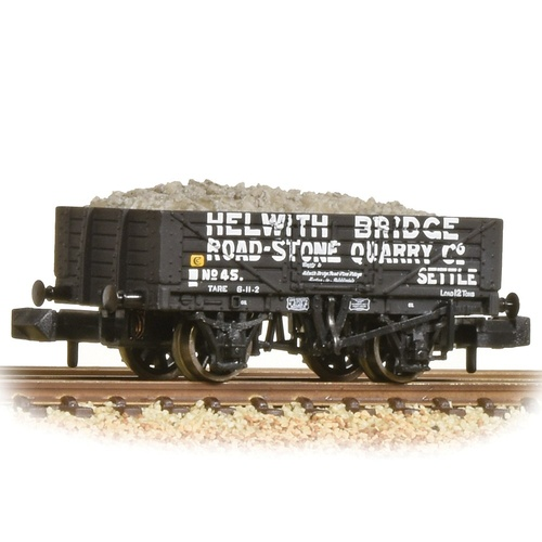 Graham Farish N 5 Plank Wagon Steel Floor 'Helwith Bridge Road Stone' Grey - Includes Wagon Load